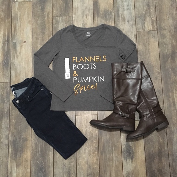 Tops - Flannels Boots & Pumpkin Spice! Medium or Large